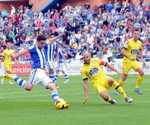 Marchena, al fondo, en la visita del Deportivo la pasada campaña a Huelva. (Espínola)