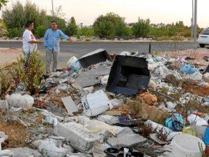 Escombros en Aljraque02