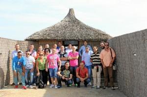 Funcionarios e internos en su  visita a la Laguna Priemra de Palos