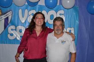Manoli Romero, presidenta del Fundación Cajasol Sporting, junto a Sisco, nuevo corrdinador de la cantera.