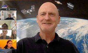 VIDEOCONFERENCIA NASA