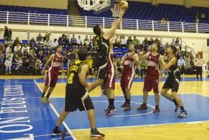 Partido de Primera Nacional de baloncesto CB Palos-CB La Palma.