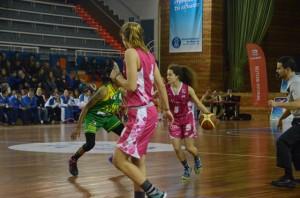 Andrea Alcántara y Alba Prieto, jóvenes jugadoras del CB Conquero.