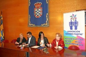 Firma convenio Moguer 3