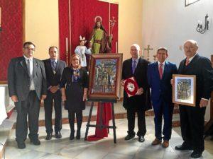 La Alcaldesa junto al pregonero, el autor del cartel y miembros del Consejo