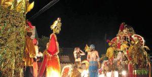 La representación de imágenes bíblicas atrae a muchos visitantes a Higuera.