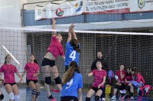 Equipo del DJA'75 de voleibol en Ayamonte.