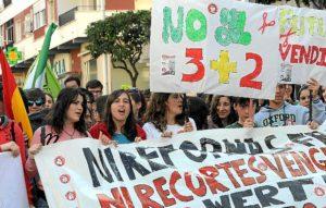 manifestacion huelva contra proyecto 3+2-004