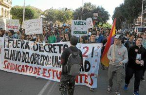 manifestacion huelva contra proyecto 3+2-005
