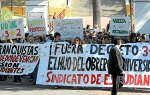 manifestacion huelva contra proyecto 3+2-006