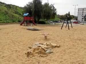 Parque infantil en Barriada del Carmen