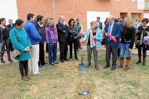 Primera piedra nueva sede de Aones (3)