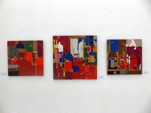 algunos de los cuadros que llenan de color el teatro