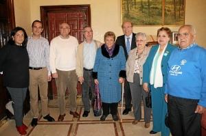 Encuentro alcalde nueva junta directiva AVV Los Rosales