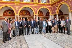 Imagen de la corporación nacida en 2011 tras la celebración del último pleno de este mandato.