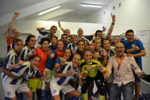 Celebración de las jugadoras del Cajasol Sporting.