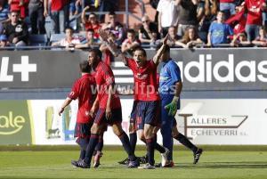 Vujadinovic, jugador de Osasuna, celebrando uno de los goles.