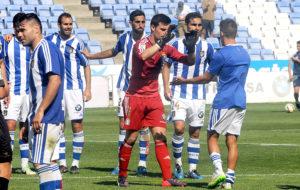 Jugadores del Decano celebrando la victoria ante el Sabadell. (Espínola)