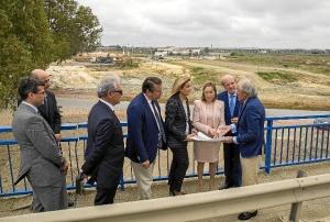 Visita Huelva ministra Fomento mayo 15