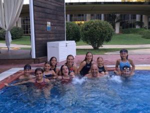 Alevines del Club Natación Huelva.