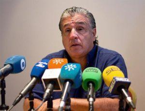 Víctor Hugo Mesa, propietario del Recreativo, en la última rueda de prensa en Huelva.