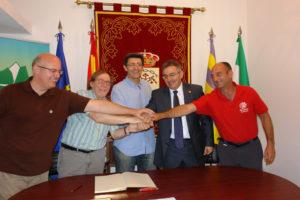 Convenio de montañismo entre la UHU, Santa Ana la Real y la FAM.