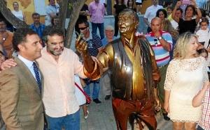 alcalde y escultor