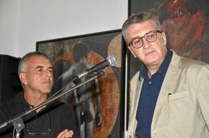 z Jose A. Rodriguez, presentador.