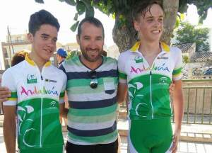 Manuel Jesús Carrellán y Alberto Herrera, ciclistas bollulleros.