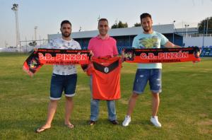 David Díaz y Javi, nuevos jugadores del CD Pinzón.