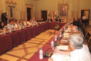 pleno del Ayuntamiento de Huelva 821_800