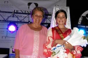 Antonia Grao, Alcaldesa de Isla Cristina junto a la Reina Juvenil