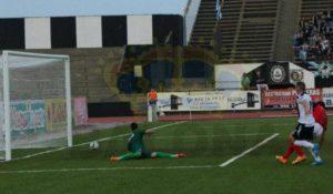 Gol de Antonio Domínguez ante la Balompédica Linense.