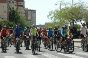 Ruta cicloturista en BTT por las calles de Huelva.