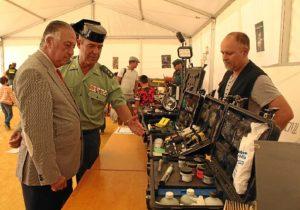 20151008 Subdelegado y coronel Guardia Civil jornada puertas abiertas