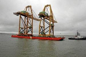 Gruas Panamax y Postpanamax Puerto Huelva