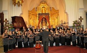La Coral Padre J Mirabent durante su concierto