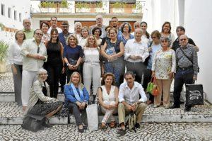 foto de familia de coleccionistas asistentes