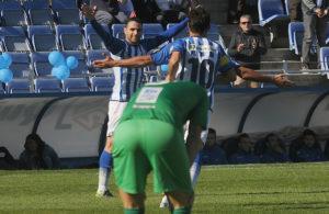 Núñez y Jesús Vázquez celebrando el gol. (Espínola)