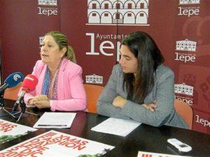 Bella Pilar Coro y Conchi del Valle en la presentación oficial de la III XMas Fashion Day.