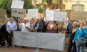 protesta emigrantes retornados 18