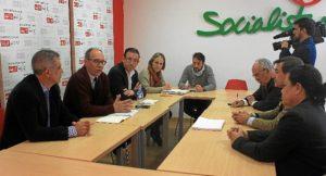 Reunion Agrupacion Interes Infraestructuras Huelva con PSOE