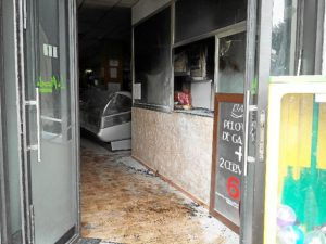 incendio bar la placeta de huelva 09