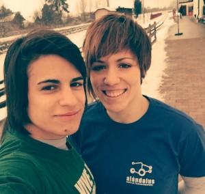 Cinta García y Almudena Gómez, judocas onubenses.