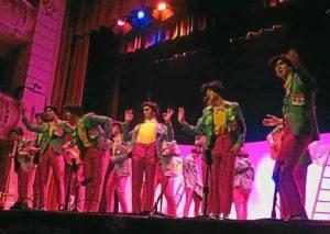 Un tipo con suerte, de Bollullos, en su actuación en el Gran Teatro de Huelva.