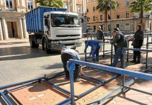 Montaje palcos Semana Santa Huelva (1)