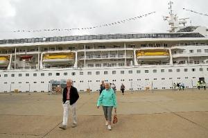 Visita crucero Puerto levante1