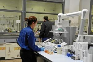 nuevo laboratorio de cepsa (8)