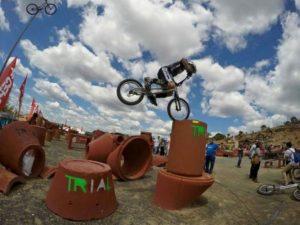 Trial bici en Zalamea la Real.