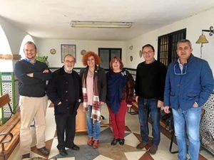 Integrantes de IU en el centro Naim de Aljaraque